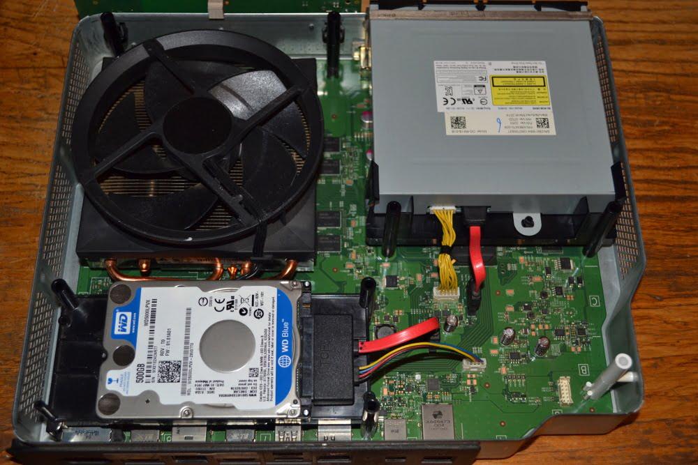 XBOX ONE wnętrze konsoli – konserwacja, naprawa napędu