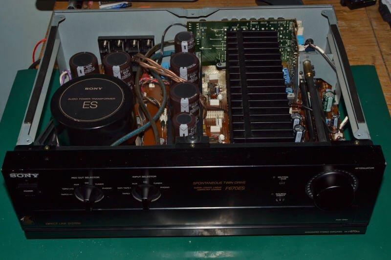Wzmacniacz Sony TA-F670ES .